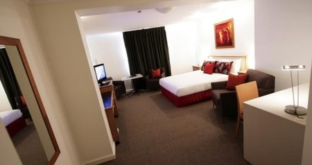 Townhouse Hotel - ACT Tourism