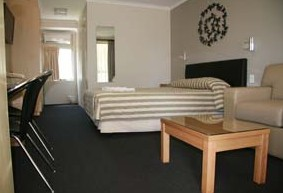 Queensgate Motel - ACT Tourism