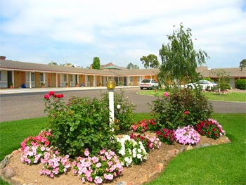 Bega Village Motor Inn - ACT Tourism