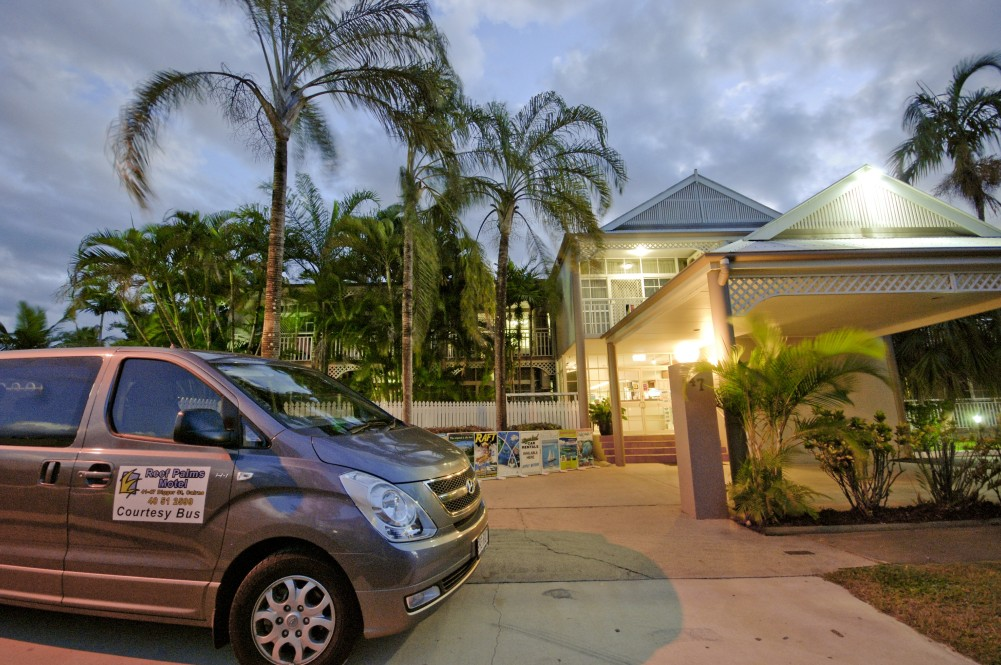 Reef Palms - ACT Tourism