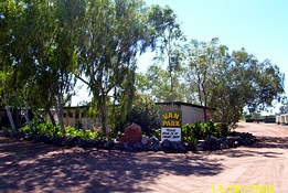 Threeways Roadhouse Tourist Park - ACT Tourism