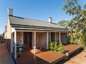 Strathalbyn Villas - ACT Tourism