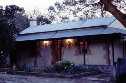 Walnut Cottage - ACT Tourism