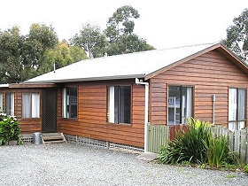 Ebb Tide Guest House - ACT Tourism