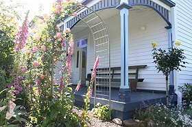 Devonport Bed  Breakfast - ACT Tourism