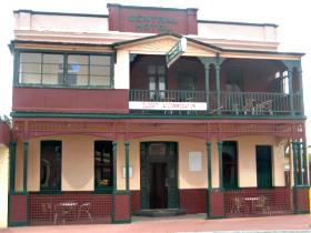 Central Hotel Zeehan - ACT Tourism
