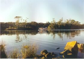 Far South Wilderness Lodge Accommodation - ACT Tourism