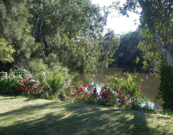 Bidgee Bankside Cottage - ACT Tourism