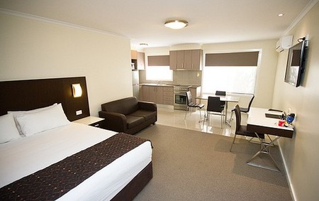 Country Comfort Premier Motel - ACT Tourism