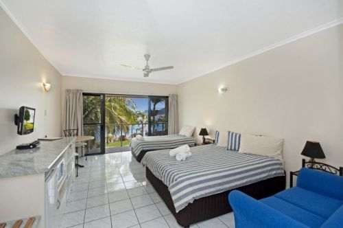Hinchinbrook Marine Cove Motel