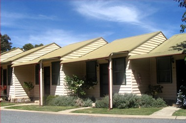 The Village Cabins - ACT Tourism