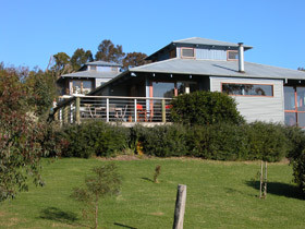 Buttlers Bend Holiday Villas - ACT Tourism