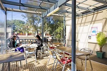 Cambridge Lodge - Hostel/Backpacker - ACT Tourism