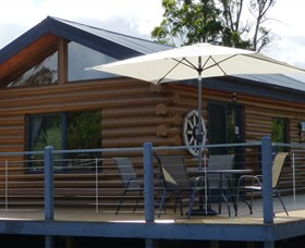 Windermere Cabins - ACT Tourism