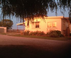 Fairview Bed and Breakfast Cottage - ACT Tourism