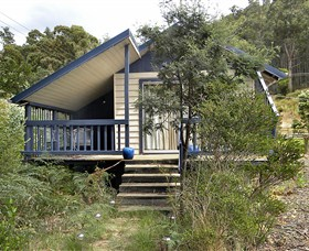 Huon Charm Waterfront Cottage - ACT Tourism