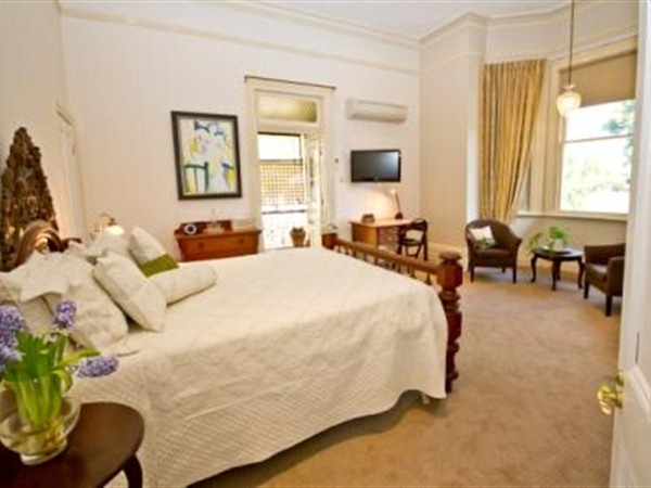 Brisbane Milton Bed and Breakfast - ACT Tourism