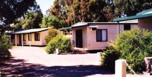 Cowell Foreshore Caravan Park  Holiday Units - ACT Tourism