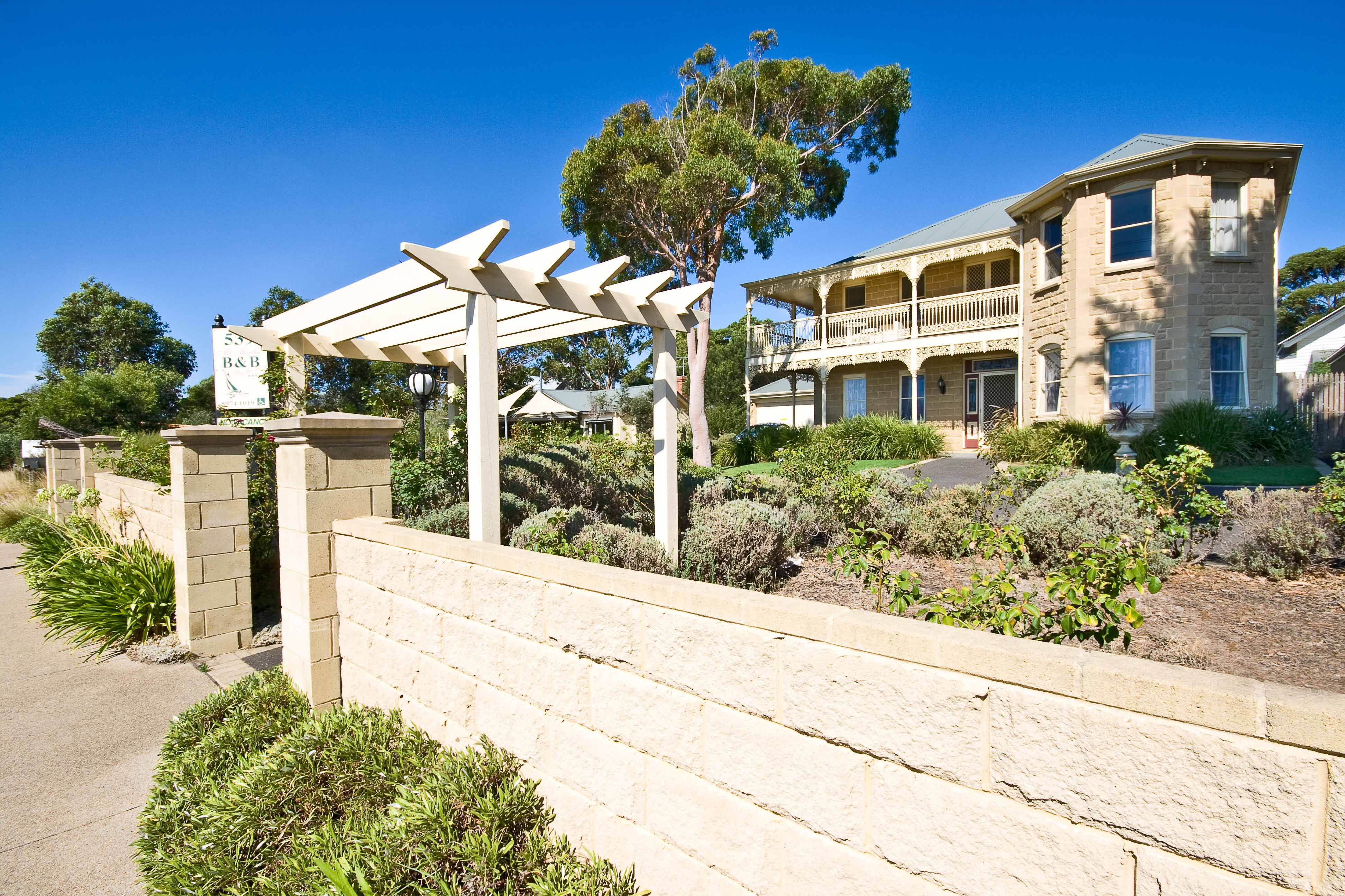 Mount Martha Bed  Breakfast by the Sea - ACT Tourism