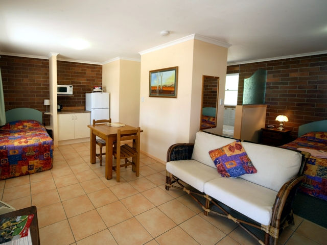Rubyvale Motel  Holiday Units - ACT Tourism