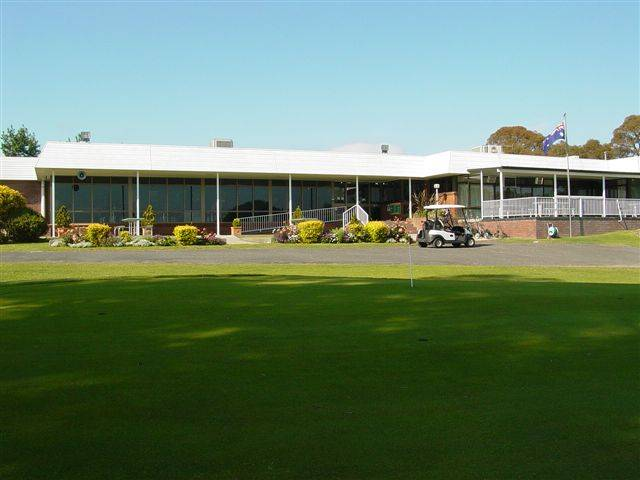Tenterfield Golf Club and Fairways Lodge - ACT Tourism