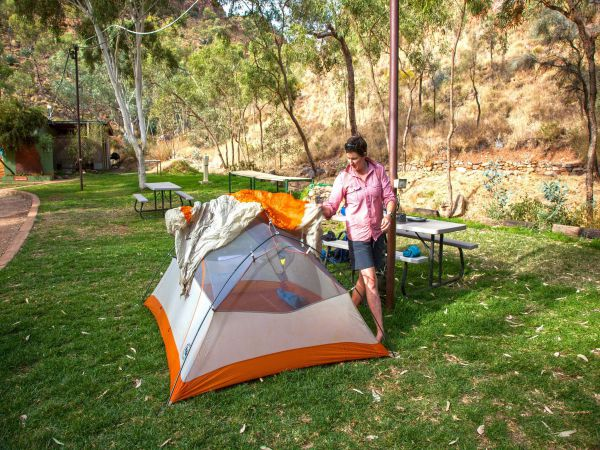 Standley Chasm Angkerle Camping - ACT Tourism