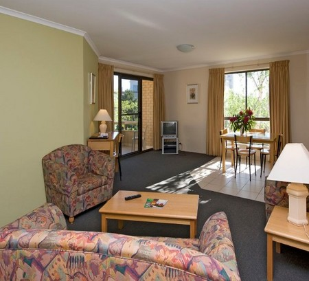 Kingston Court Serviced Apartments - ACT Tourism