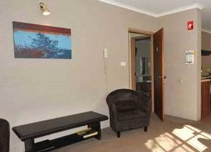 Alanvale Apartments  Motor Inn - ACT Tourism