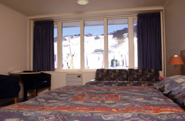 Perisher Valley Hotel - ACT Tourism