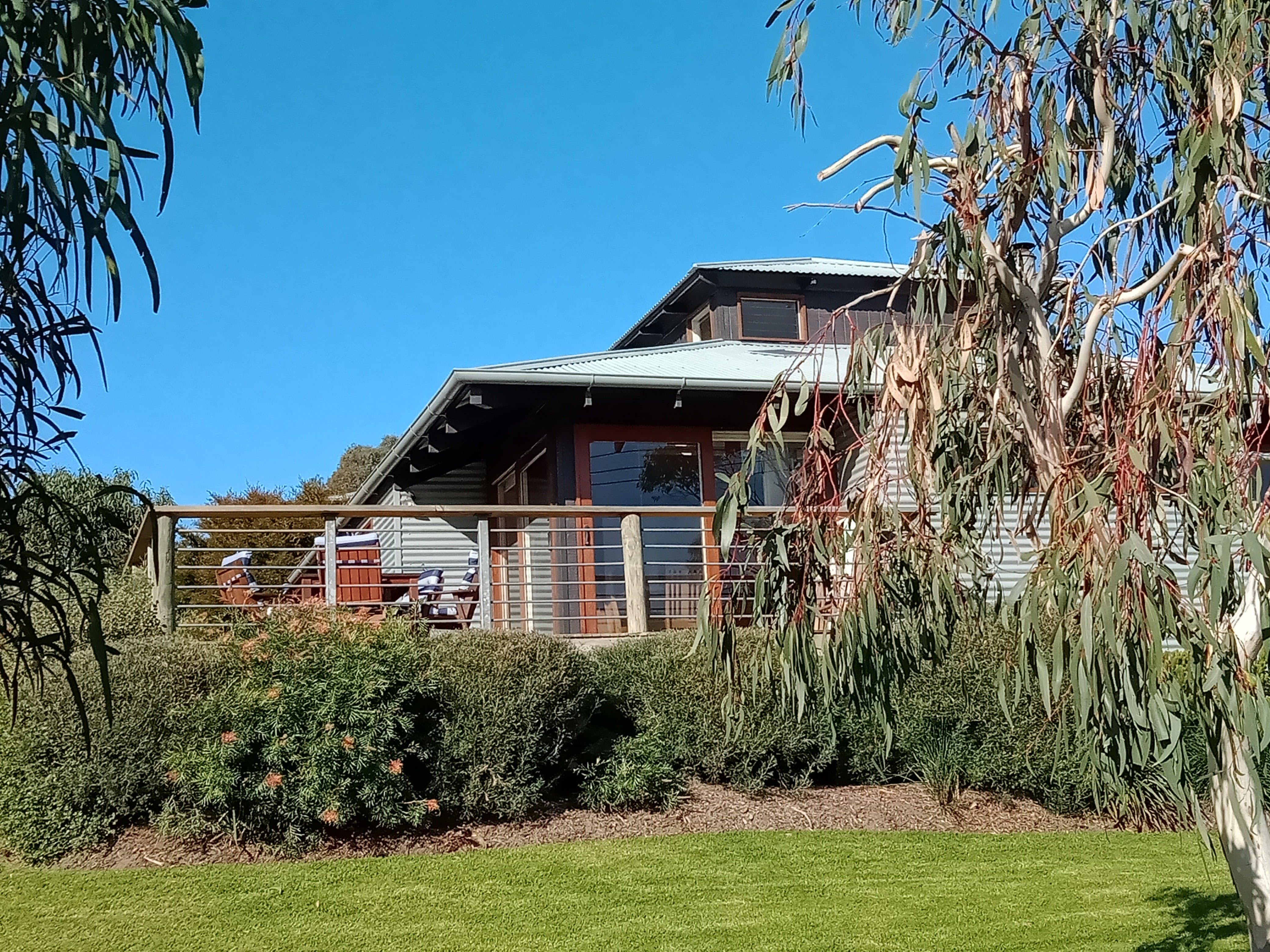 Butler's Bend Holiday Villa - ACT Tourism
