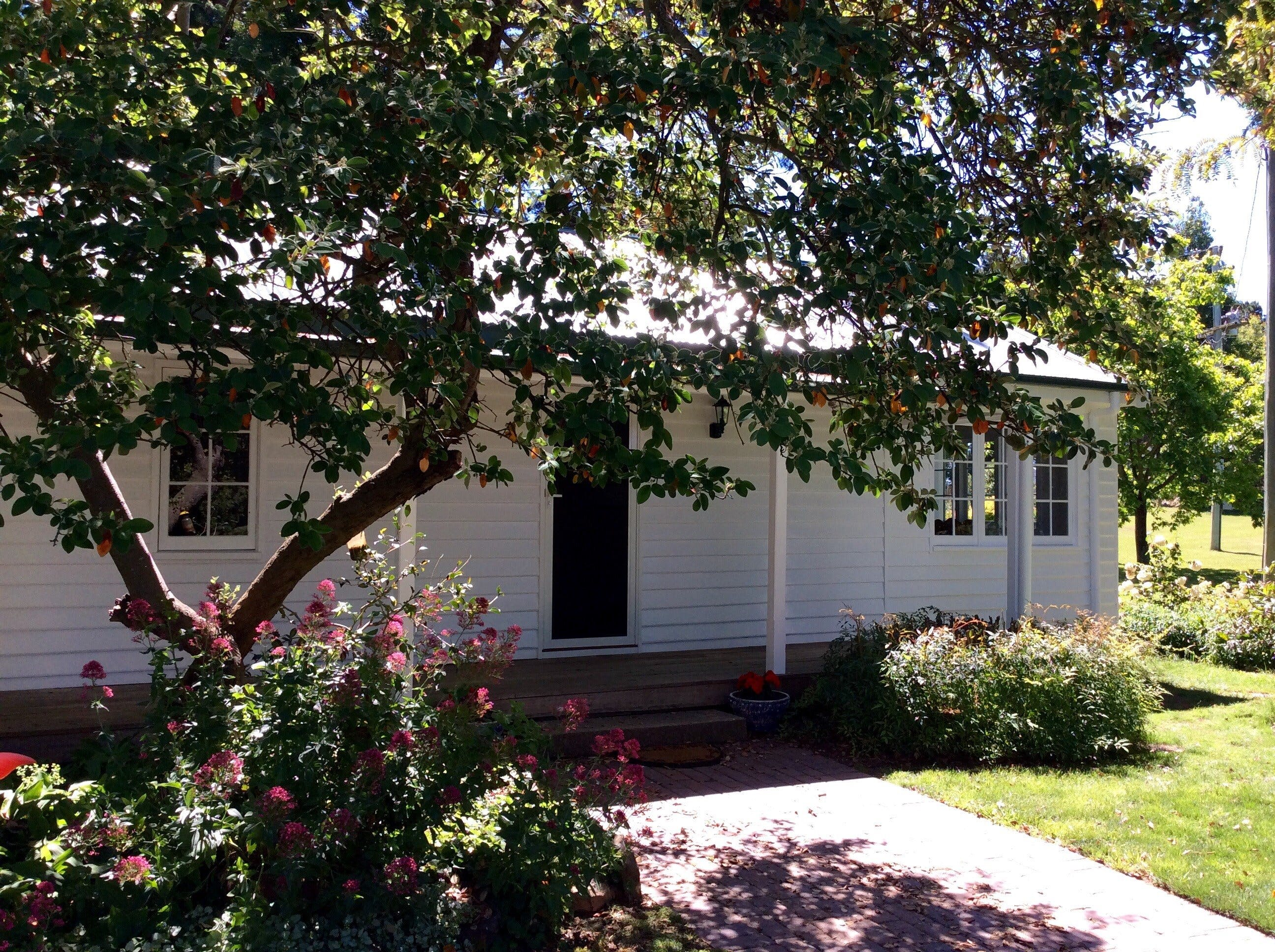 Cairnie Country Cottage - ACT Tourism