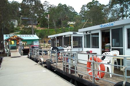 Clyde River Houseboats - ACT Tourism
