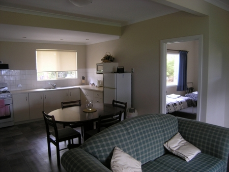 Lilacs Waterfront Villas and Cottages - ACT Tourism