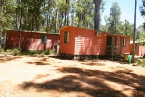Dwellingup Chalets And Caravan Park - ACT Tourism