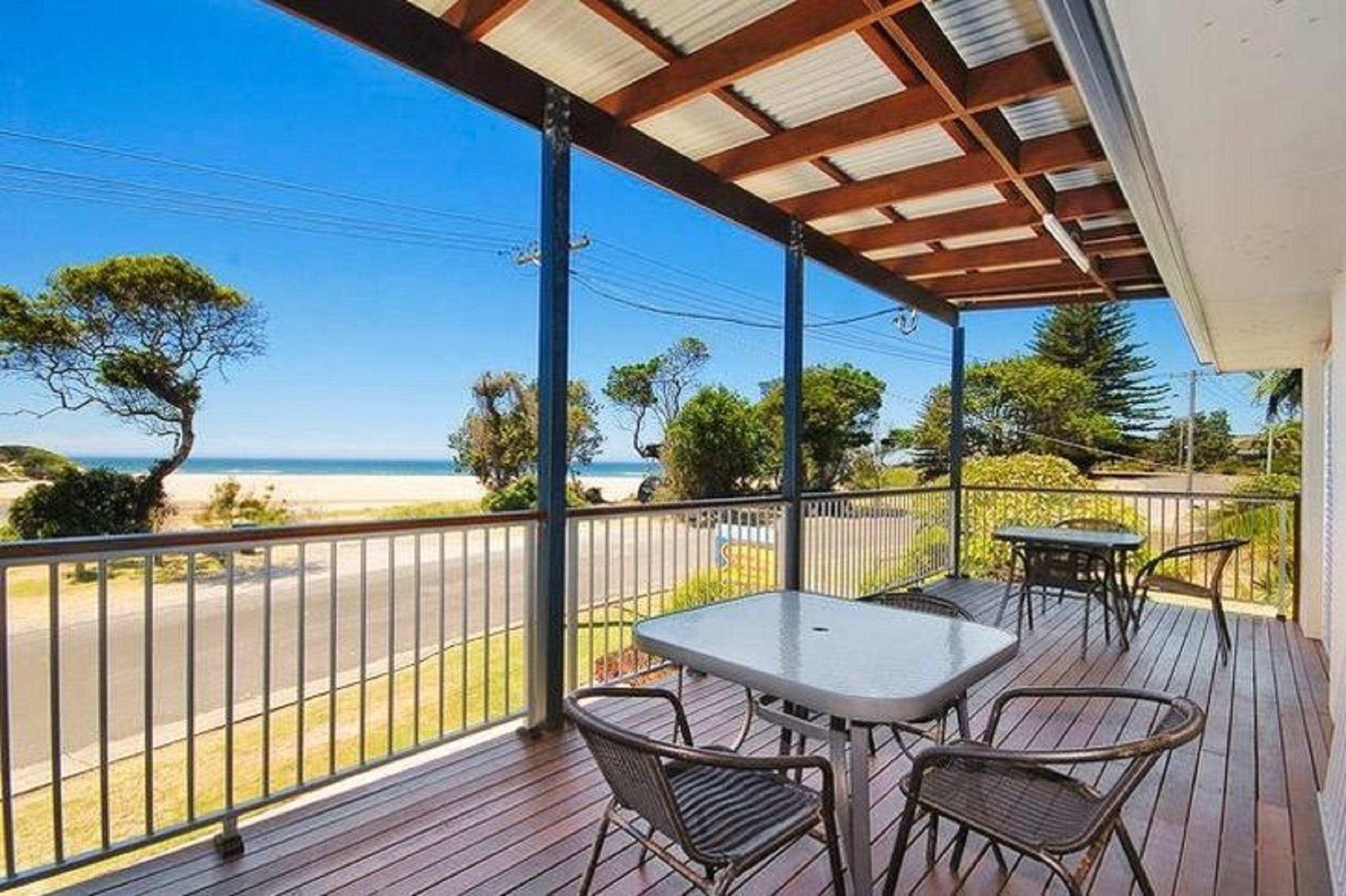 Seascape Holiday Apartments Lake Cathie - ACT Tourism