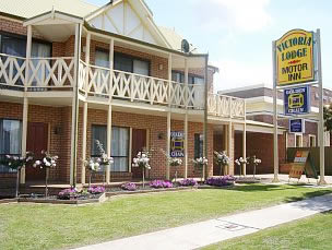 Victoria Lake Holiday Park - ACT Tourism
