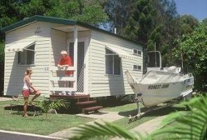 River Retreat Caravan Park - ACT Tourism