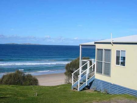 Surfbeach Holiday Park - ACT Tourism