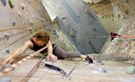 Cliffhanger Climbing Gym - ACT Tourism