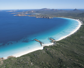 Lucky Bay - ACT Tourism