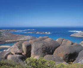 Elephant Rocks - ACT Tourism