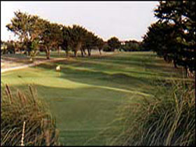 South Lakes Golf Club - ACT Tourism