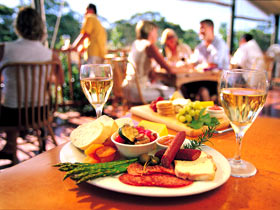Eldredge Vineyards And Restaurant - ACT Tourism