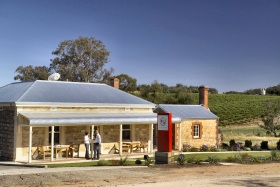 Two Hands Wines - ACT Tourism