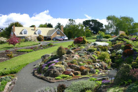 Kaydale Lodge Gardens - ACT Tourism