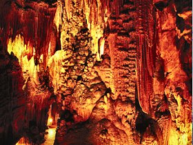 King Solomons Cave - ACT Tourism