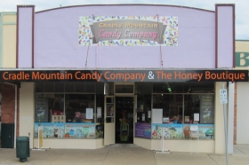 Cradle Mountain Candy Company and Honey Boutique - ACT Tourism