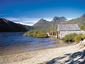 Dove Lake Circuit - ACT Tourism