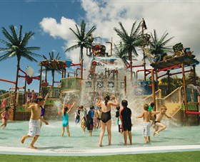 Wet 'n' Wild Water World - ACT Tourism