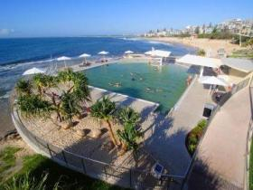 Kings Beach - Beachfront Salt Water Pool - ACT Tourism